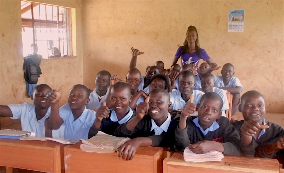 Esline  reason to cheer, Arina pupils in class with their new locker desks copy
